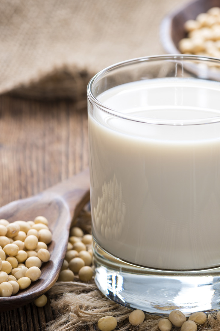 We're setting the record straight on #soy. Learn how soy, when consumed in the right form, can reduce your #breastcancer risk & the rate of breast cancer recurrence. Plus, find out which kind of soy you should never consume.